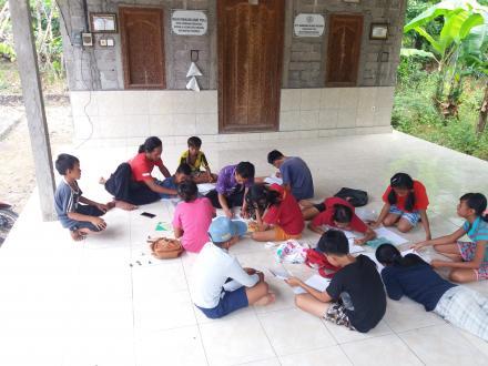 Menanamkan Seni, Budaya, Sastra, dan Bahasa Bali Dari Usia Dini