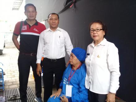 Pemeriksaan serta Operasi Mata Gratis di Desa Pacung